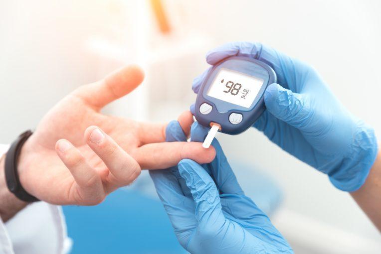 Une alimentation saine riche en fruits et légumes est un levier important de prévention du diabète de type 2